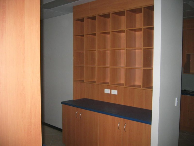 Kitchen with wall unit