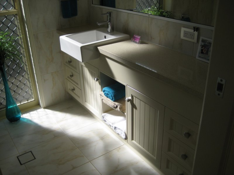 Colonial Style Vanity With Towel Storage