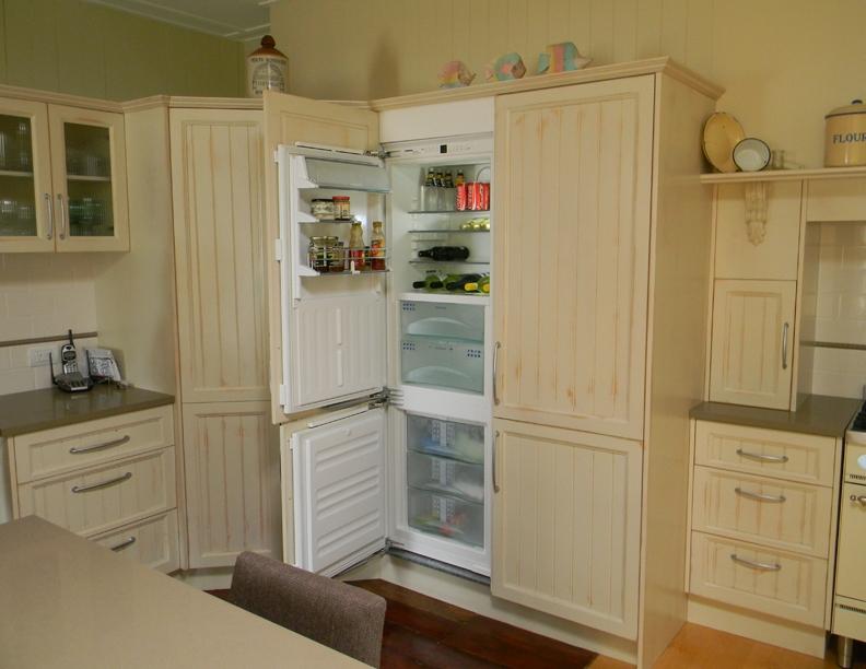 Concealed fridge