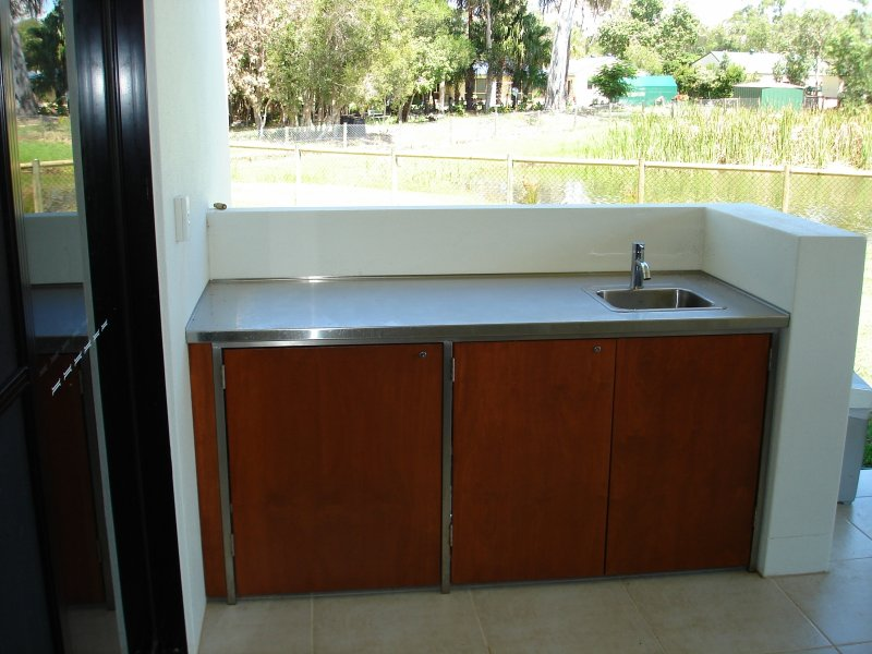 BBQ Sink area